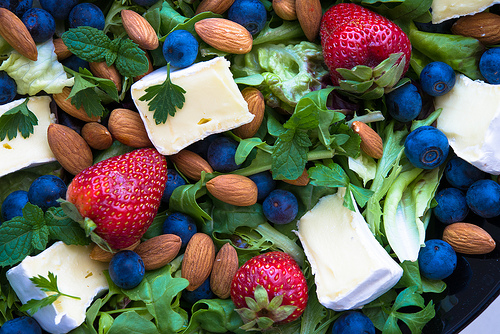 Berry, Brie, and Almond Salad